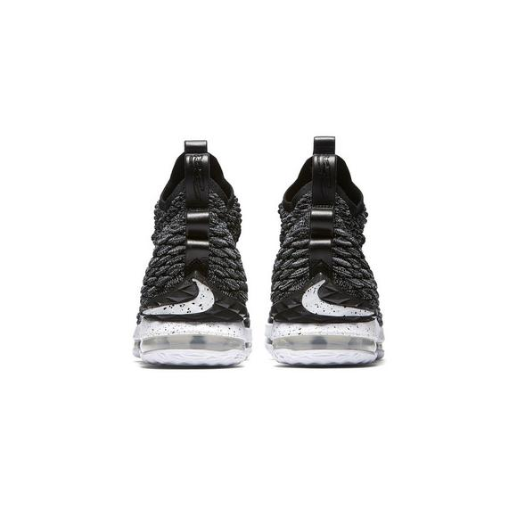 new arrival 1d797 d33ce Nike LeBron 15