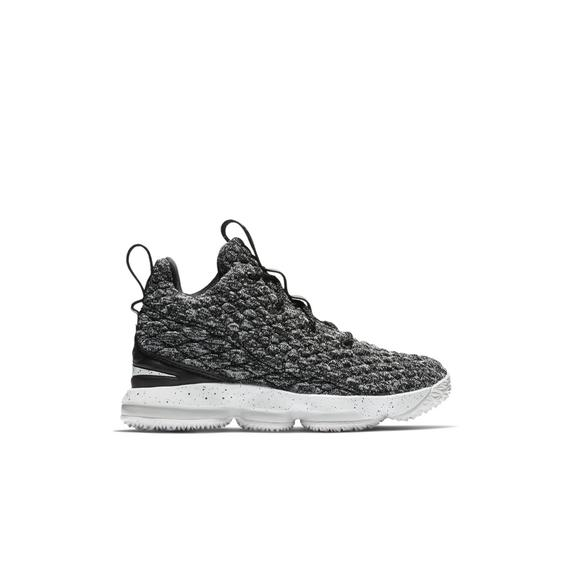 buy popular e2901 7cdde Nike LeBron 15