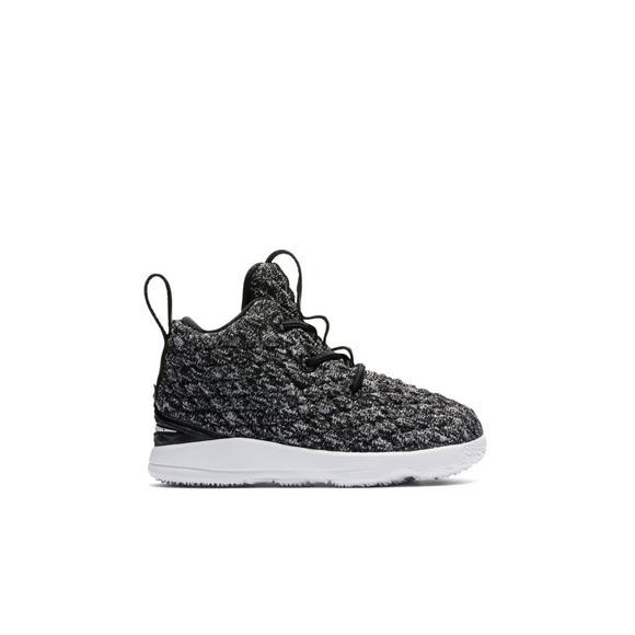 e32d6760ca6 Nike LeBron 15