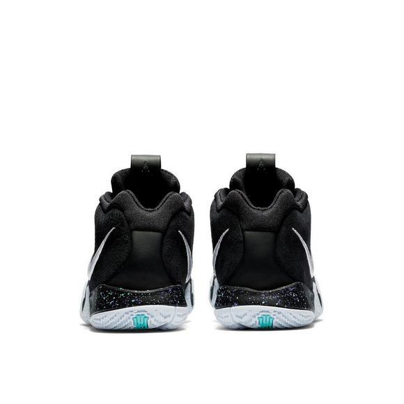 newest d8263 1d17e Nike Kyrie 4