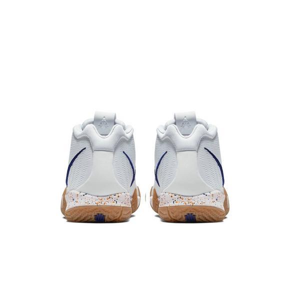 new product eca51 e0064 Nike Kyrie 4