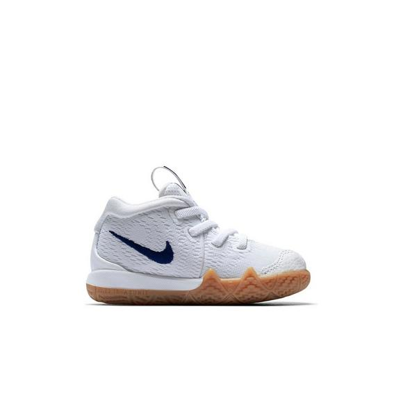 separation shoes ee7f8 541c3 Nike Kyrie 4