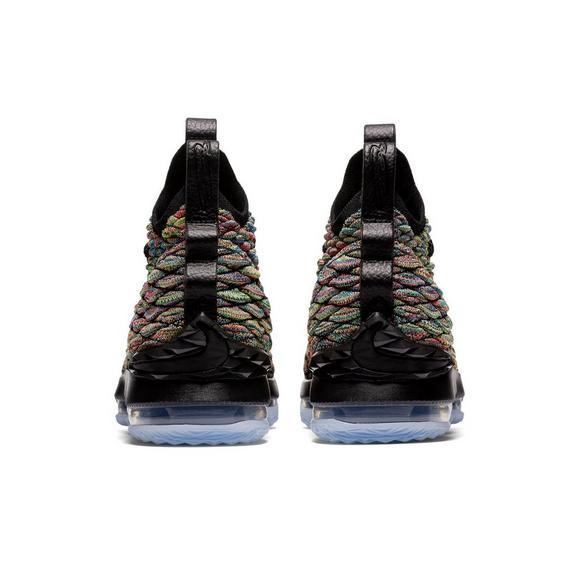 ffe4d1a899c Nike LeBron 15