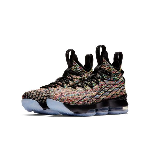 super popular ace00 44f6c Nike LeBron 15