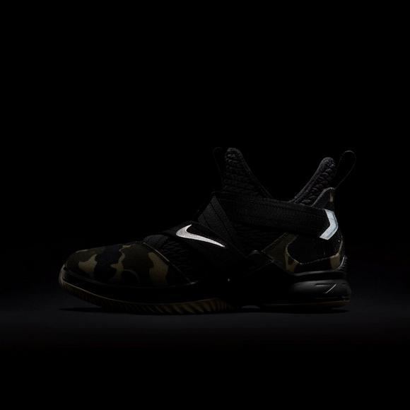 7cde0a20b7ccda Nike LeBron Soldier 12 SFG