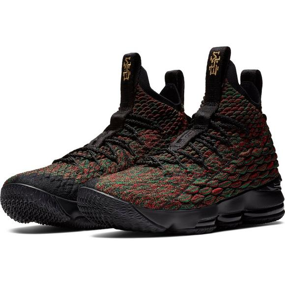 new style 05b17 81477 Nike LeBron 15