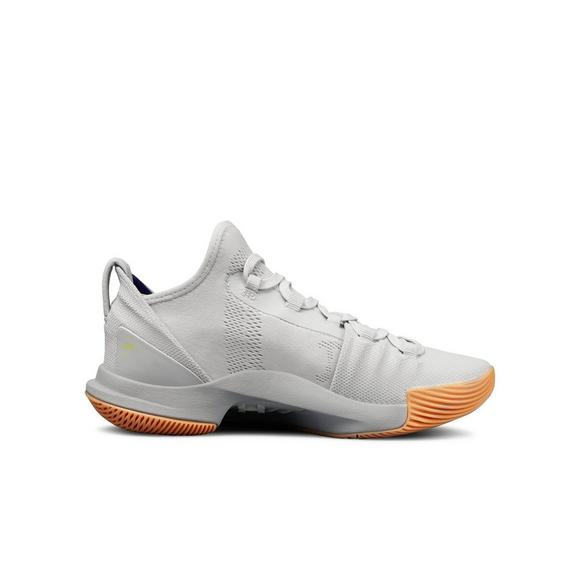 bb63047b1ff8 Under Armour Curry 5