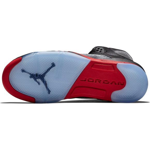 uk availability 849e2 180a9 Jordan 5 Retro