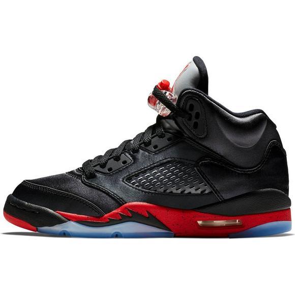 uk availability 756e9 dead4 Jordan 5 Retro