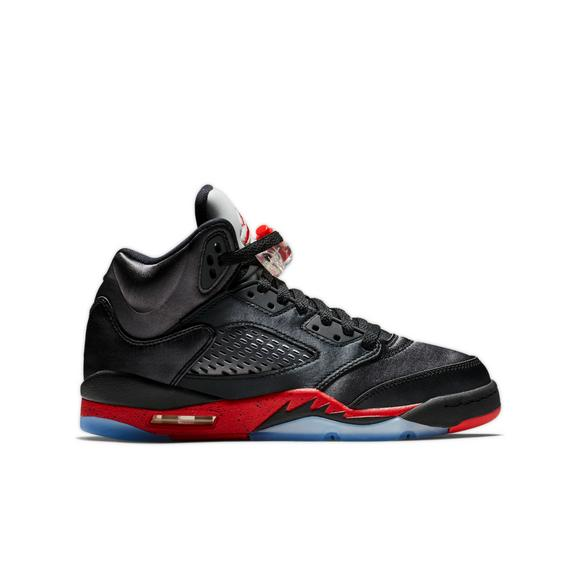 uk availability 756e9 dead4 Jordan 5 Retro