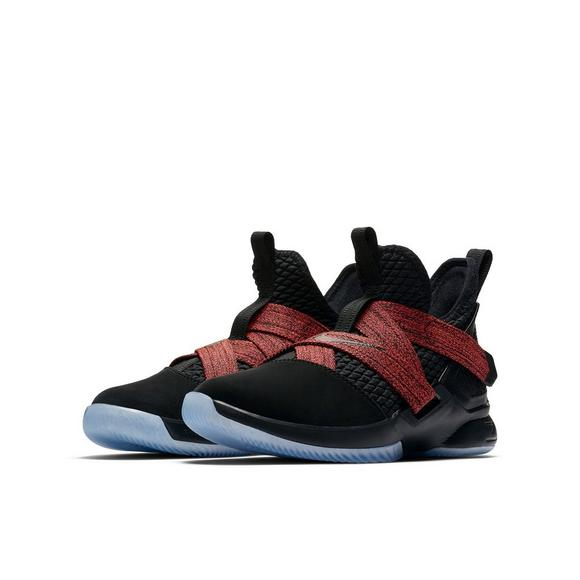 innovative design 6e67b 5e75f Nike LeBron Soldier 12