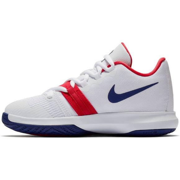 d6fbd3b4626 Nike Kyrie Flytrap