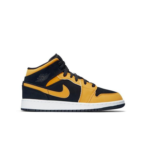 080f46a710f047 Display product reviews for Jordan 1 Mid