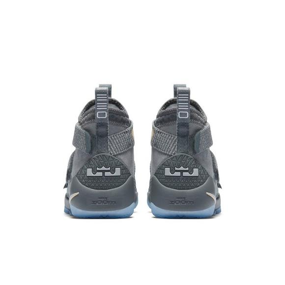 a7ff46ac3da Nike LeBron Soldier 11