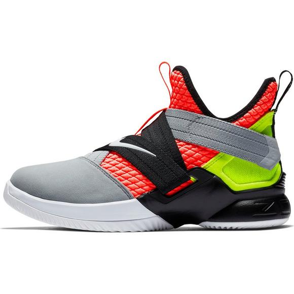 timeless design 0772d ce67e Nike LeBron Soldier XII SFG