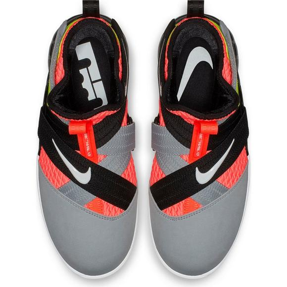 c7d149304a5 Nike LeBron Soldier XII SFG