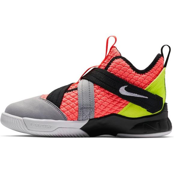 8464f76d4a5 Nike LeBron Soldier XII SFG