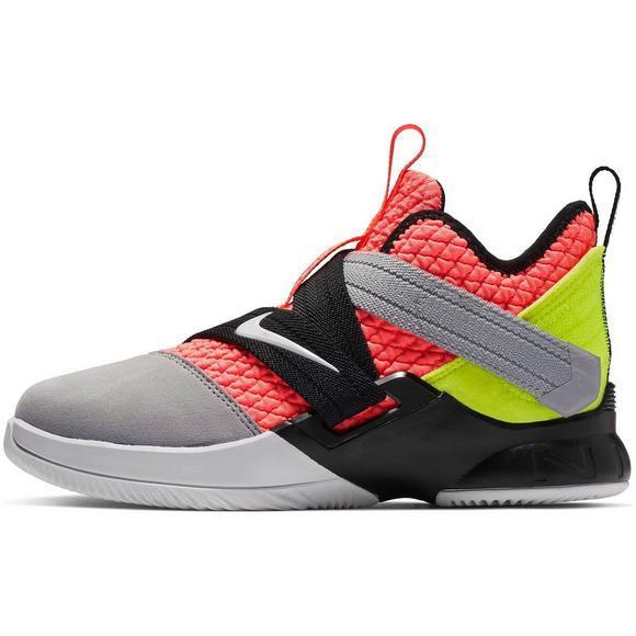 a929b8accce6 Nike LeBron Soldier XII SFG