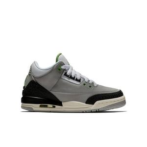 big sale 89135 4008d Low Top Air Jordan 3