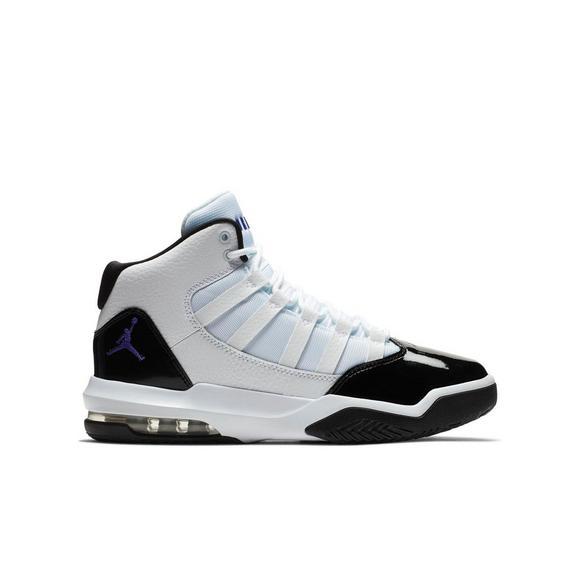 online retailer 89582 a22d0 Jordan Max Aura