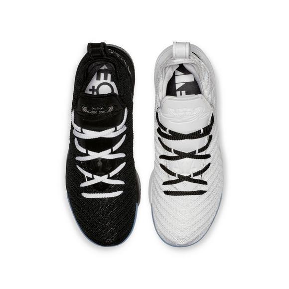 151bdd74eb8 Nike LeBron 16