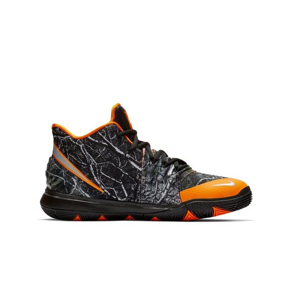 69be1e045dcc Nike Kyrie 5