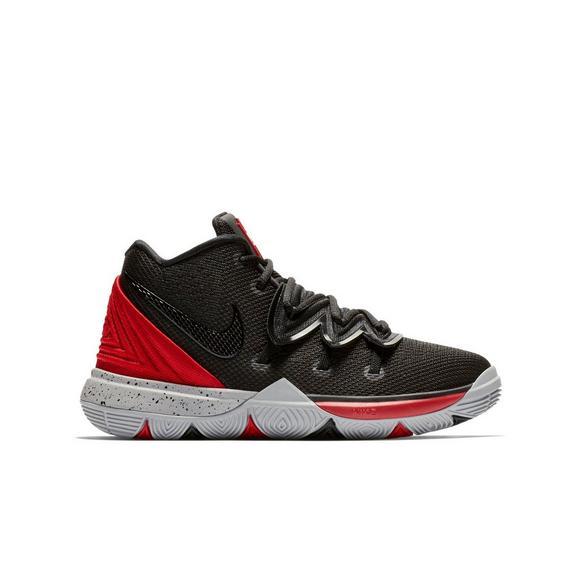 f2fe95361bab Nike Kyrie 5