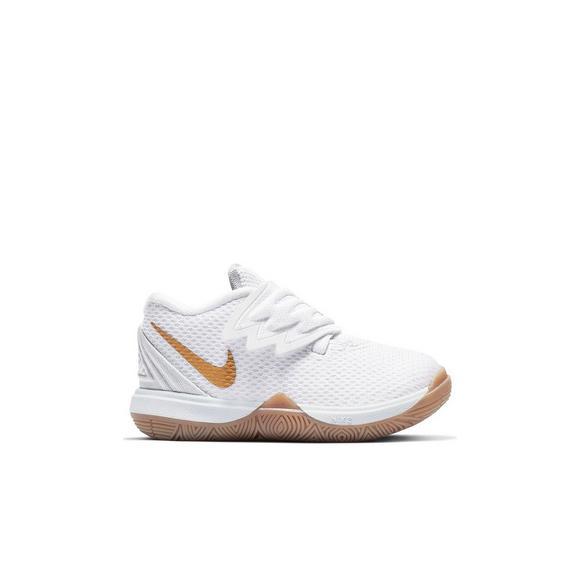 4c87ddd3a3 Nike Kyrie 5