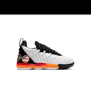 aaa52a4f966f Nike LeBron 16