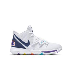 check out 09693 b12ad Kyrie Irving Shoes