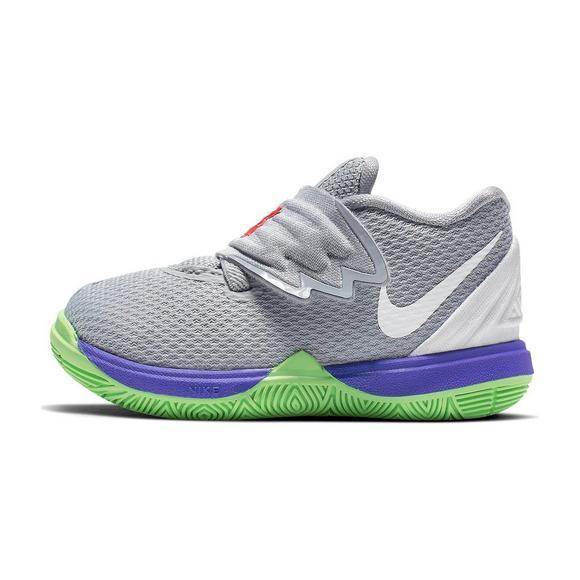 27f2cbf0e23 Nike Kyrie 5