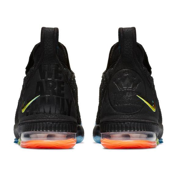 a178d4f5181f4e Nike LeBron 16