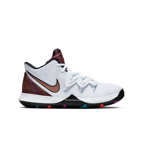 check out 46bb8 84e1a Nike Kyrie 5