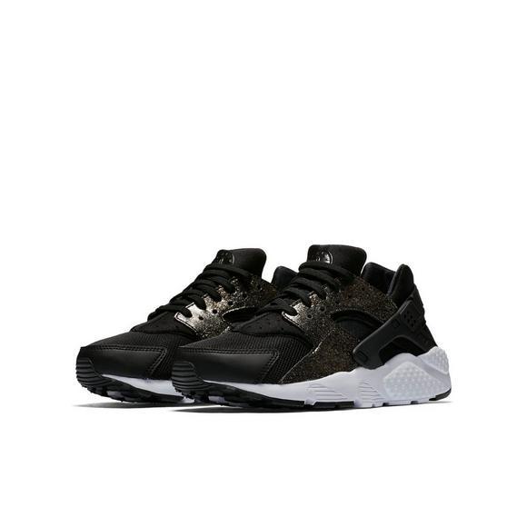 buy popular 0a6f5 0a6ed Nike Huarache Run SE