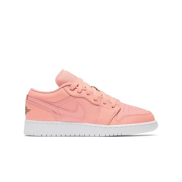 best sneakers 30d7d 78ada Jordan 1 Low
