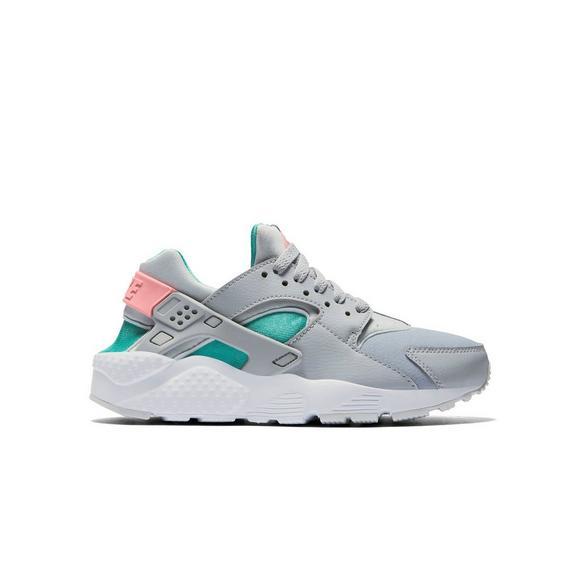 b235efbab6 Nike Huarache Run
