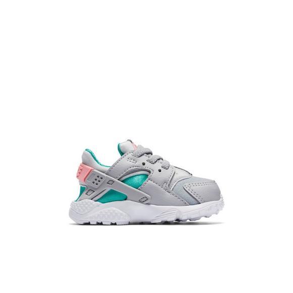 7069fef1a04a Nike Huarache Run