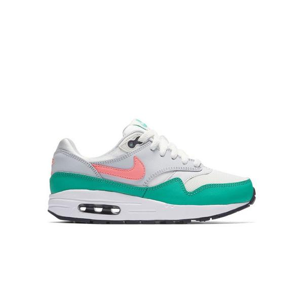 723b6a3e808d0 Display product reviews for Nike Air Max 1