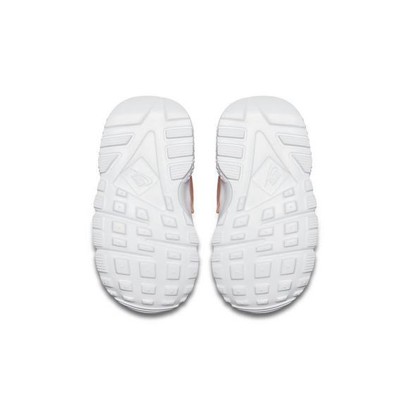 134438adeeb80f Nike Huarache Run SE