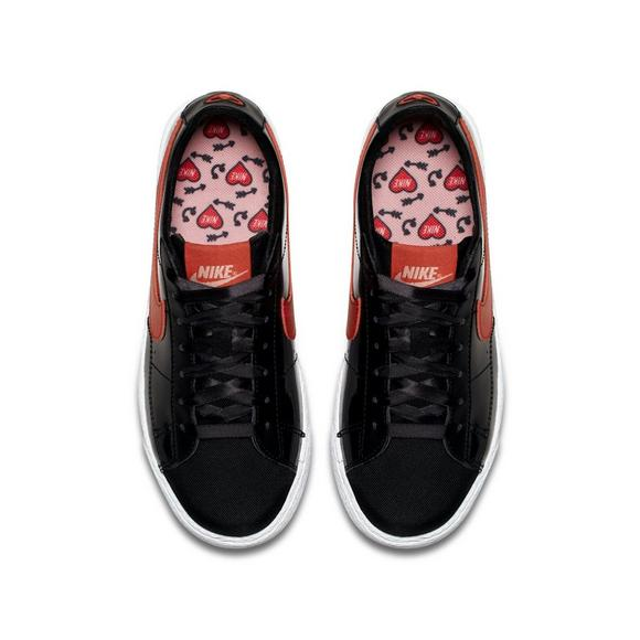 official photos 26c4c 8aeee Nike Blazer Low