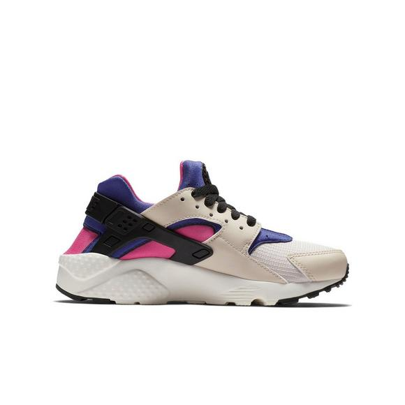 the latest 294ac fbb08 Nike Huarache Run