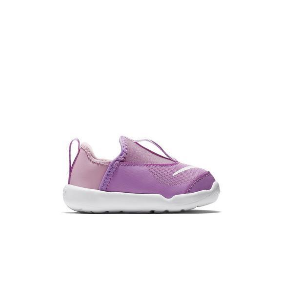 6baacae258d3 Nike Lil  Swoosh
