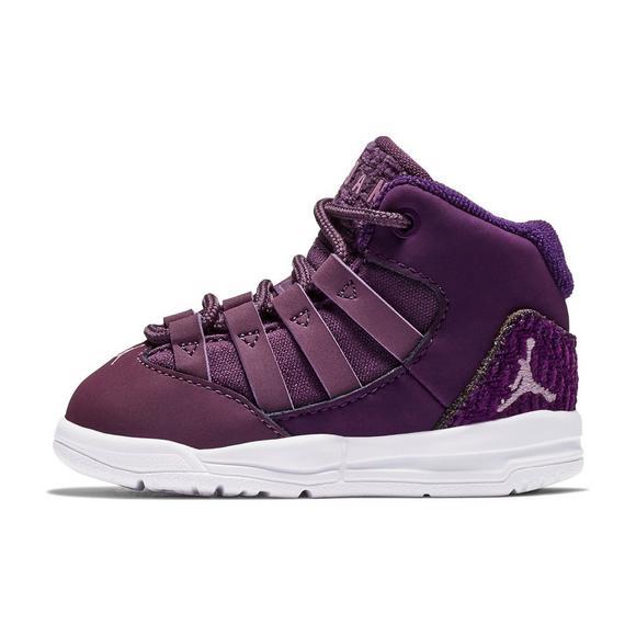 new product 45490 b7778 Jordan Max Aura