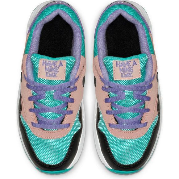 a93755ac2341 Nike Air Max 1