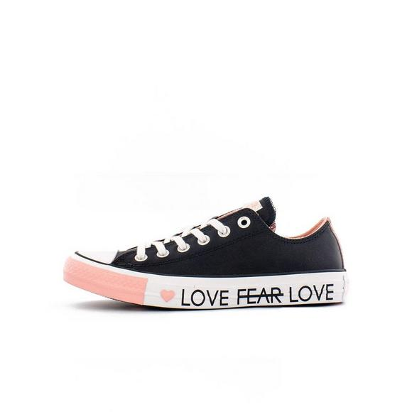 e8fda4836bdf Converse Chuck Taylor All Star Leather OX