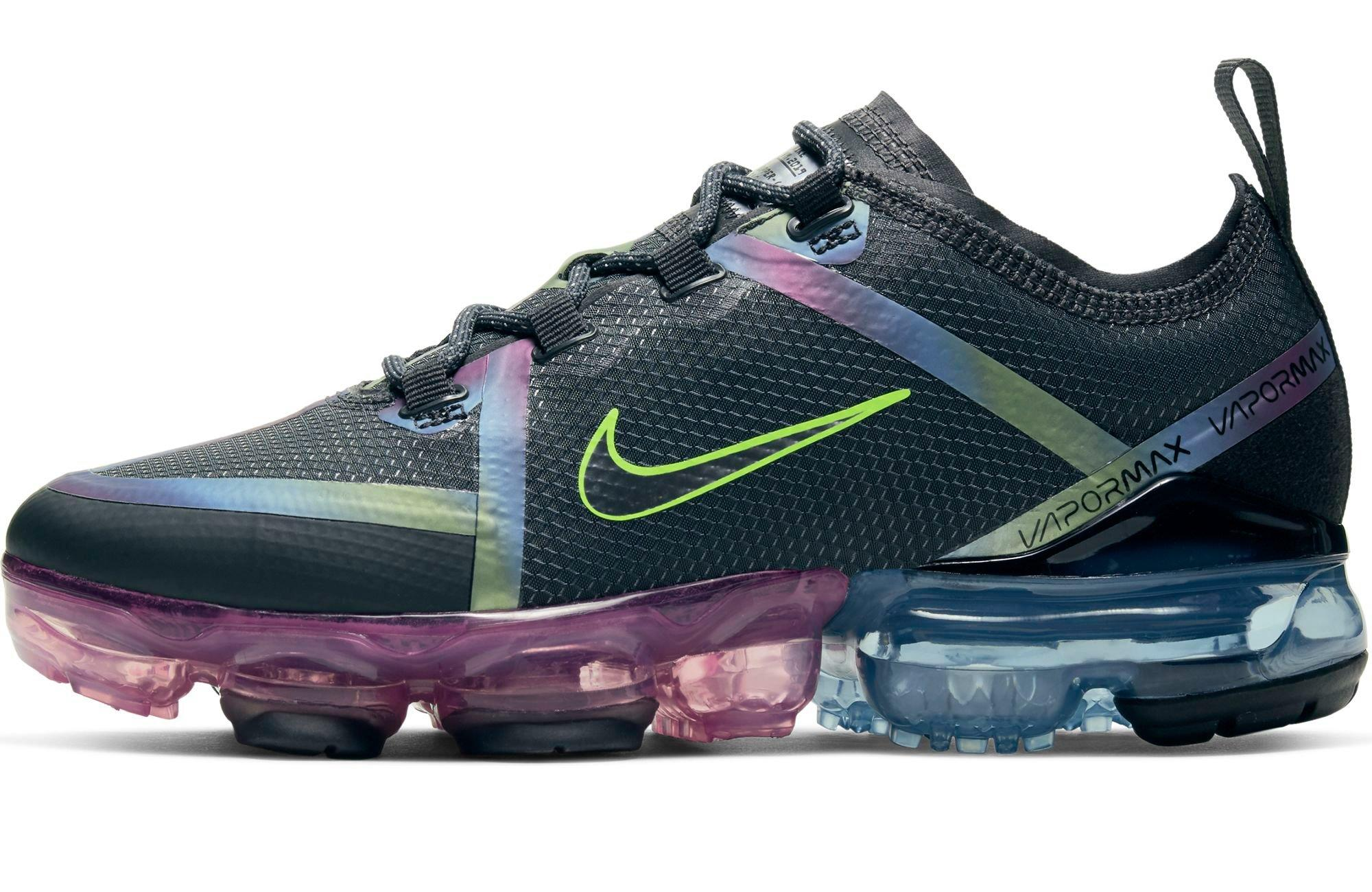 Right side of Nike Air VaporMax 2019 Dark Smoke Grey/Silver