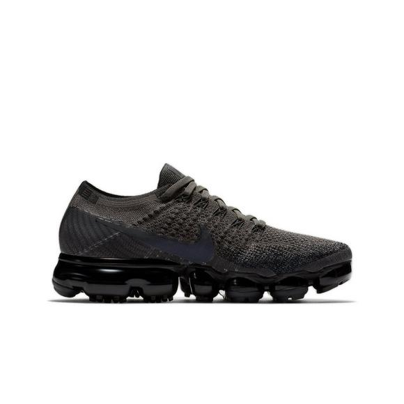 Nike Air VAPORMAX flyknit US7 US8 Triple Black air max day eu40