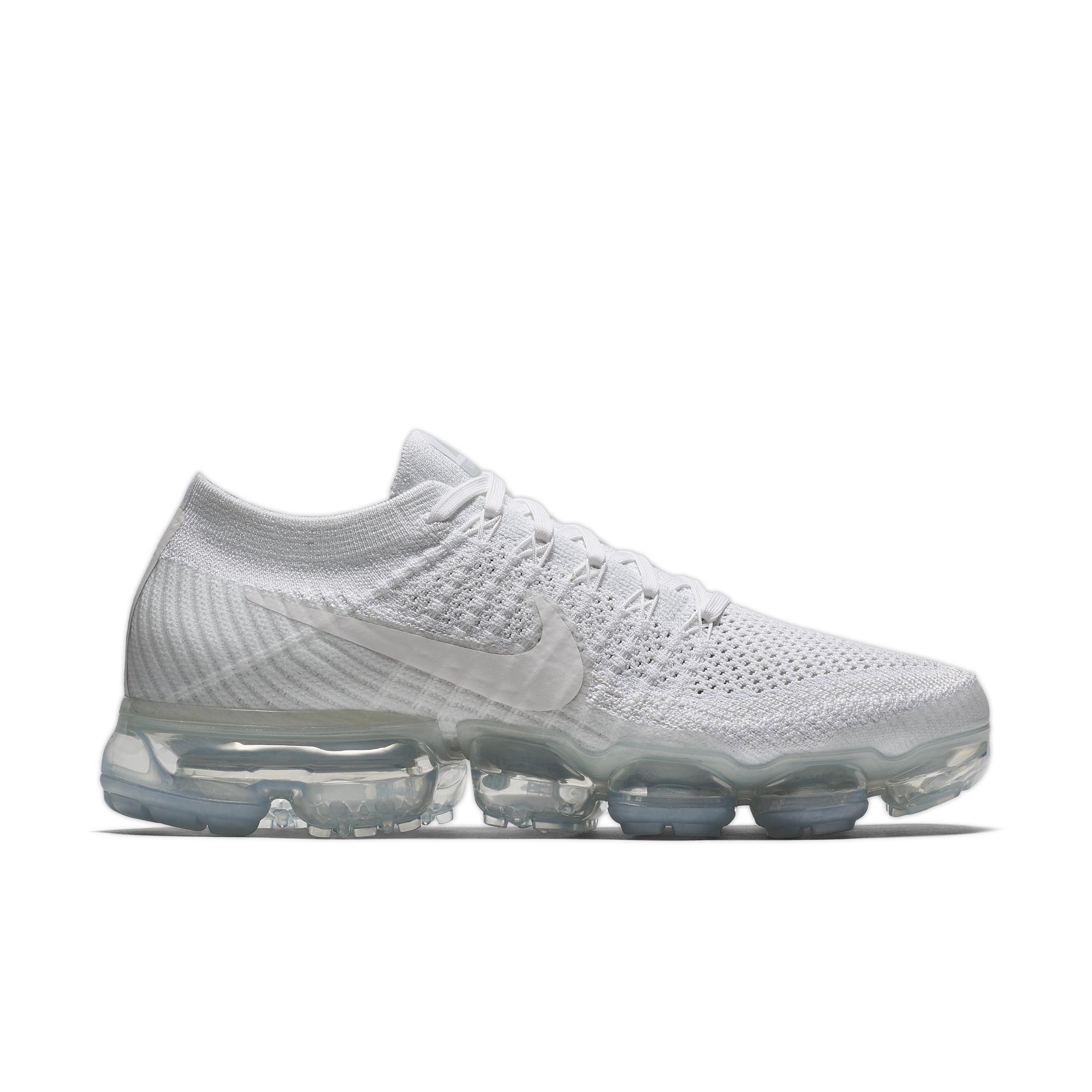 Nike Vapormax Des Femmes De Blanc Remise véritable images en ligne extrêmement Nice dégagement 100% original EC4GJ1vb