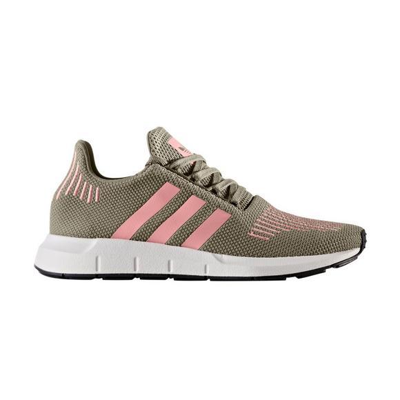 d4e2b8c286c7d adidas Swift Run