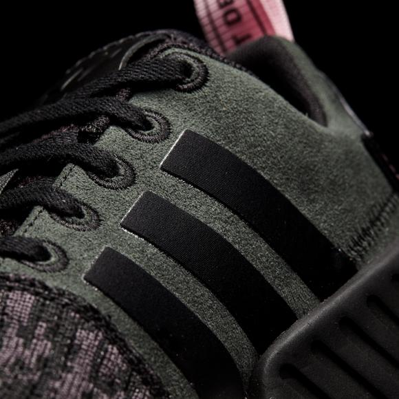 check out ab674 ebca0 adidas NMD R2